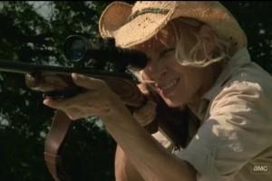 A questa no darei in mano nemmeno lo spazzolone del cesso, figuriamoci un fucile!