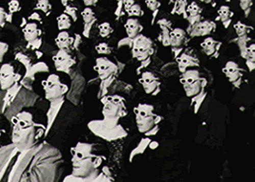 L'intramontabile fascino della sala. Gli occhialini invece sono duri a morire!
