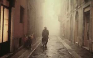 L'atmosfera del film, tra nebbia e fantasmi del passato